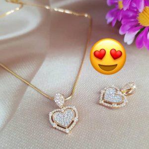 Liontin heart emas